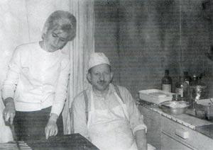 Maria córka Michała Vogta pomaga ojcu.